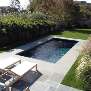 "via <a href=""https://www.houzz.com/photo/3465020-darien-landscape-traditional-pool-new-york"">houzz.com</a>"